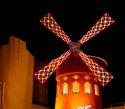 Moulin Rouge decor
